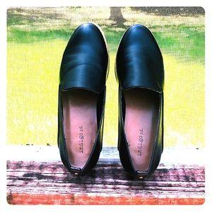 INDIGO RD | Hani black slip-on loafer flats